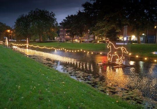 Grachtverlichting 2018 - Nico van Ganzewinkel
