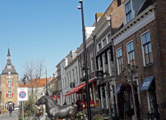 Nieuwe verlichting Voorstraat